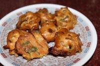 Air Fried Sanna Pakaoda/Kanda Bhajiyas
